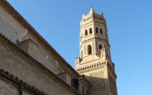 Alfajarín-Iglesia-de-San-Miguel-Arcángel-y-torre